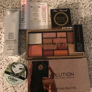 Lancôme Teint Idole 425 W and makeup extras